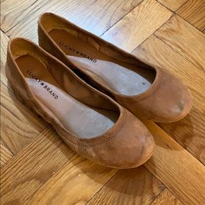 Lucky Brand women's emmie leather tan flats 8